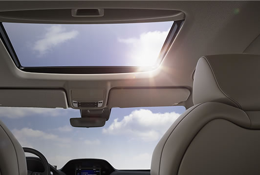 2017 Acura MDX power moonroof.