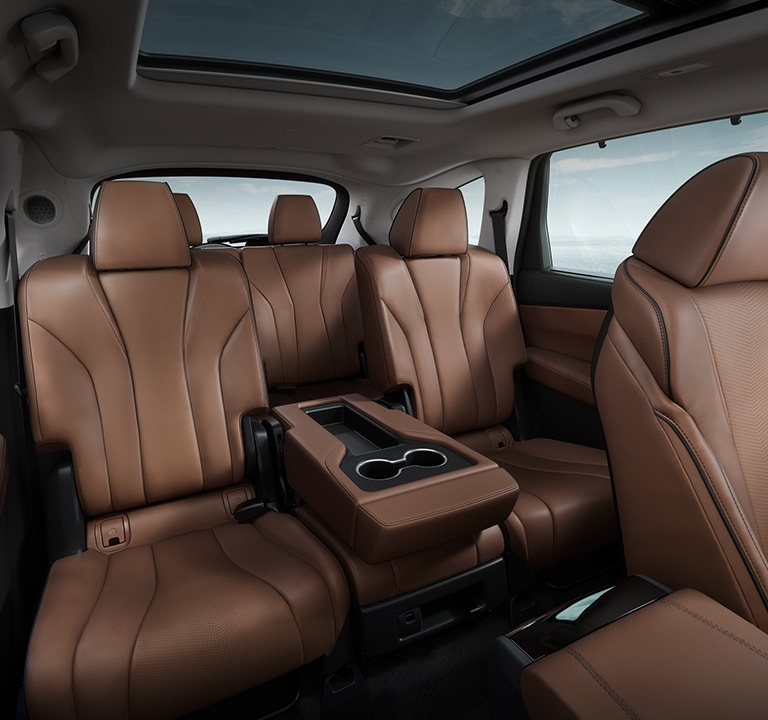 2022 Acura MDX Advance three row seating in espresso