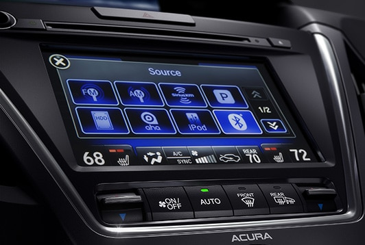 2017 Acura MDX advance media connectivity.