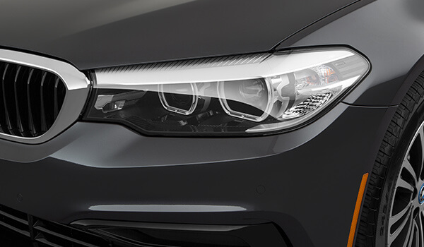 2021 Black BMW 530e Standard Conventional LED Headlights